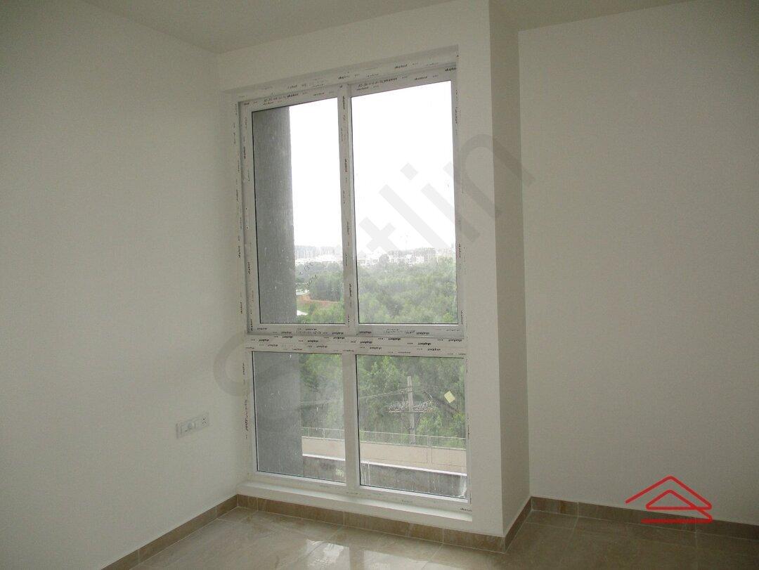 15J6U00010: Bedroom 1