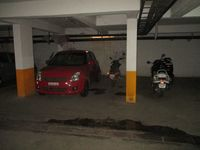 12NBU00227: parking 1