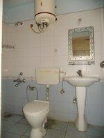 15F2U00419: Bathroom 2