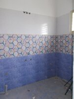 14OAU00118: bathroom 2