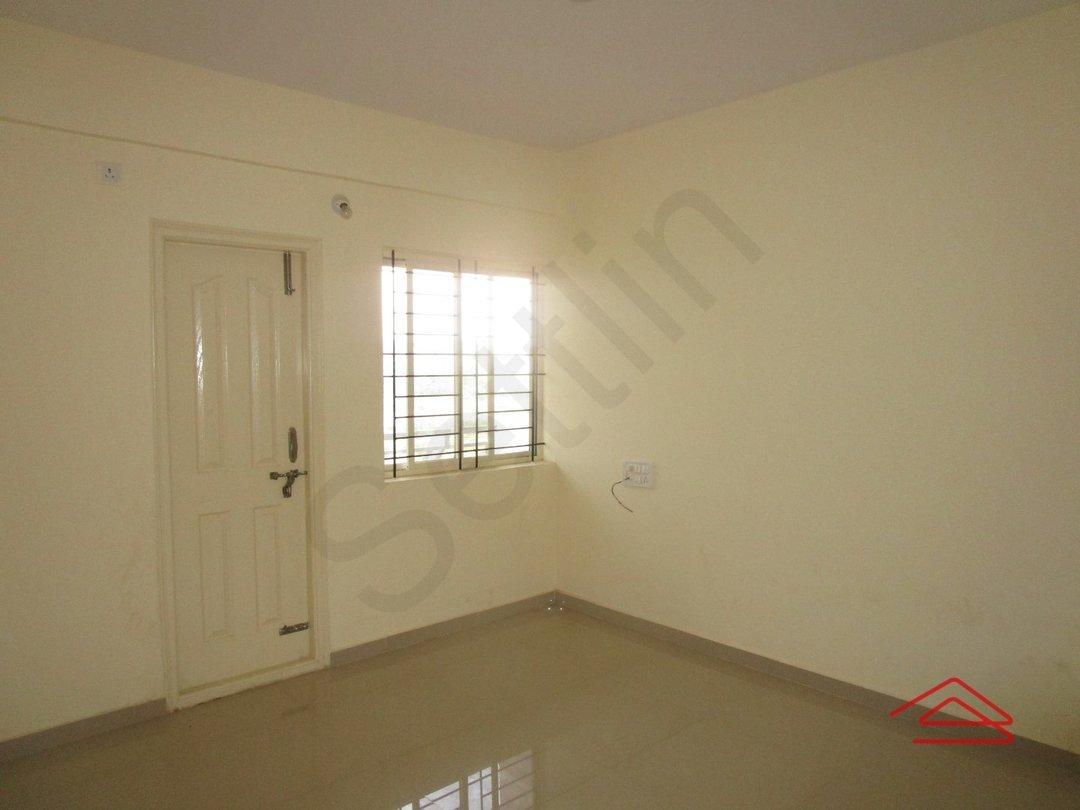 13OAU00108: Bedroom 1