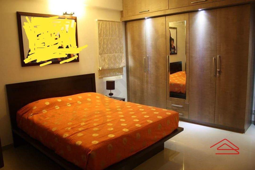 12J7U00352: Bedroom 1