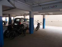 12J7U00214: parking 1