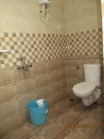 15J7U00287: Bathroom 2