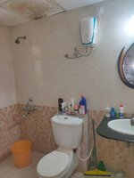 15M3U00222: Bathroom 2