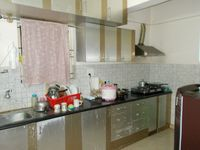 13M5U00475: Kitchen 1