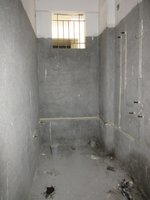 13A8U00380: Bathroom 1