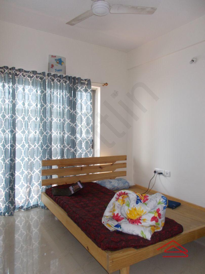 13J6U00514: Bedroom 1