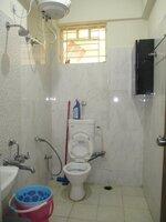 15J1U00182: Bathroom 3