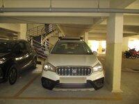 15J1U00182: parkings