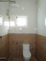 Sub Unit 15M3U00192: bathrooms 1