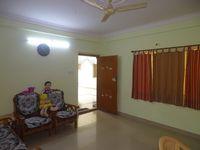 13M5U00438: Hall 1