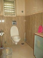 13F2U00080: Bathroom 3
