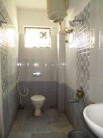 15A8U00806: Bathroom 2