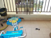 12OAU00112: Balcony 1