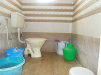 12OAU00112: Bathroom 2