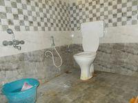 12OAU00112: Bathroom 1