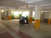 10J6U00350: parking 1