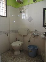 14F2U00098: Bathroom 2