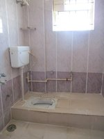 14F2U00399: Bathroom 2