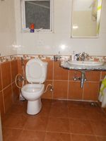 13F2U00193: Bathroom 1