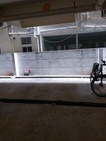 12J6U00169: parking 1