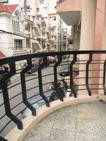 Sub Unit 15OAU00074: balconies 2