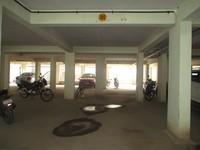 11J7U00258: parking