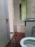 14M3U00025: Bathroom 1
