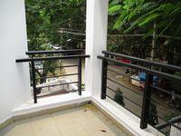 10M5U00096: Balcony 2