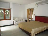 10M5U00096: Bedroom 2