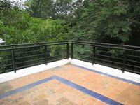 10M5U00096: Terrace