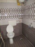15M3U00306: Bathroom 1