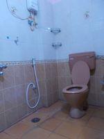 13F2U00337: Bathroom 1