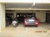 15J7U00097: parkings 1