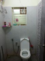 10J7U00305: Bathroom 1