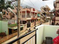 B1: Balcony