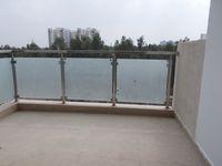 13J1U00209: Balcony 1