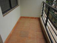 13J6U00442: Balcony 2