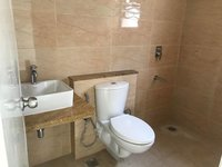 14F2U00165: Bathroom 1
