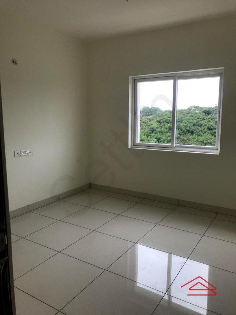 14F2U00165: Bedroom 1