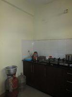 13J6U00200: Kitchen 1