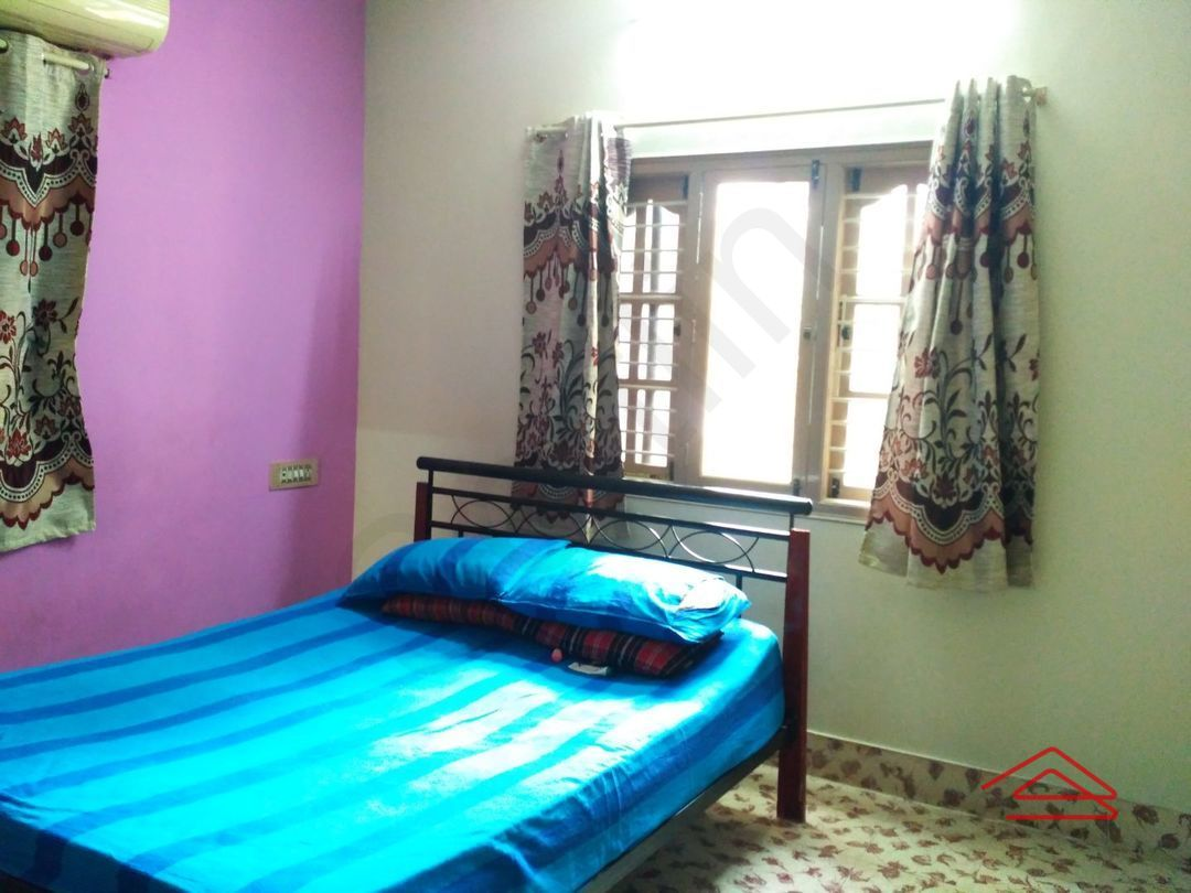 13J1U00226: Bedroom 1