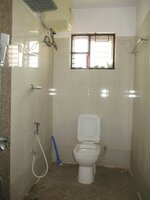 15M3U00195: Bathroom 2