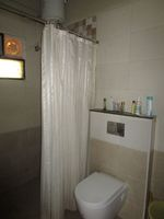 13M3U00122: Bathroom 2