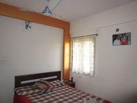 13M3U00122: Bedroom 1