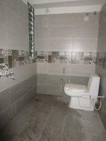 13A8U00201: Bathroom 1