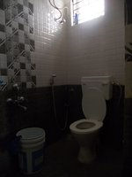 14J6U00221: bathrooms 1