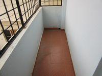 13J7U00256: Balcony 1