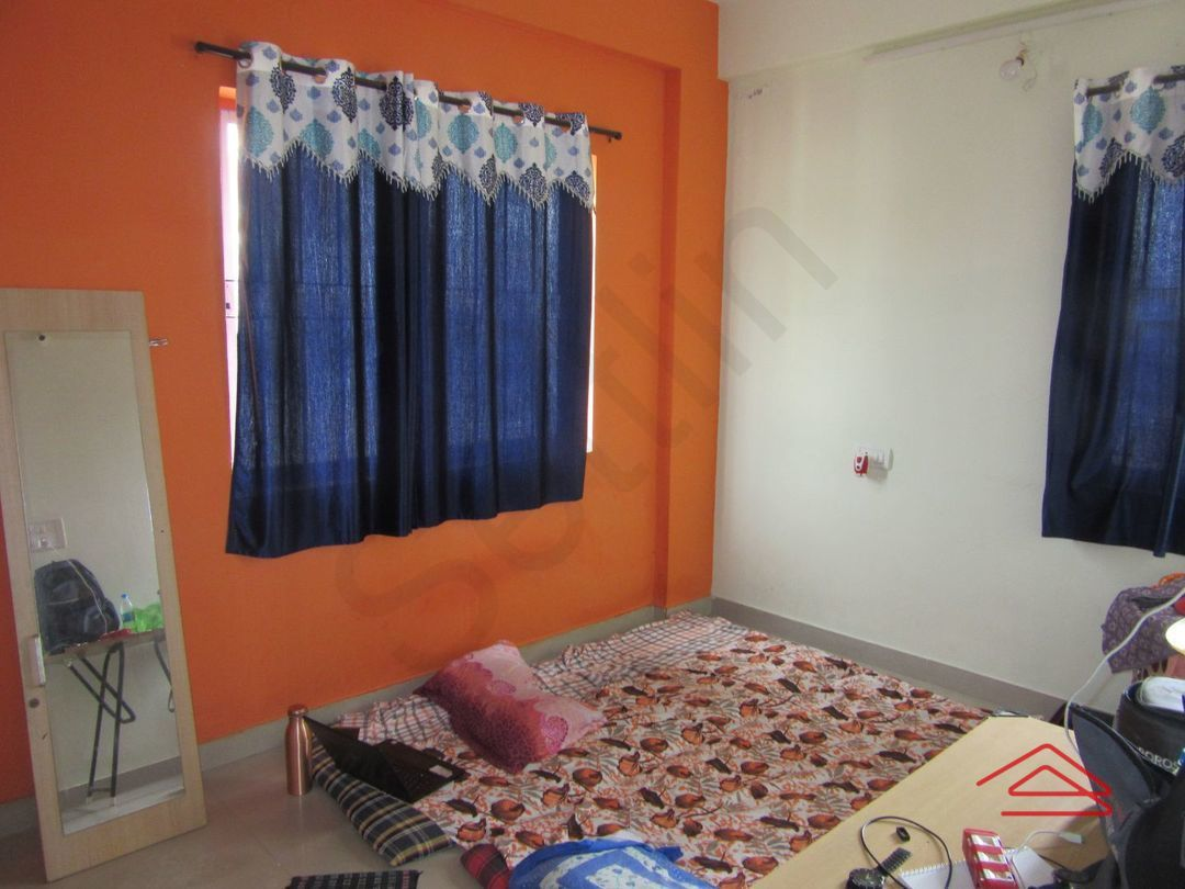 13J7U00256: Bedroom 1